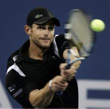andy-roddick-two-handed-backhand-choked-grip-to-drive-ball.jpg