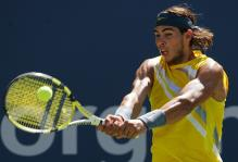 rafael nadal two handed backhand at contact 2.jpg