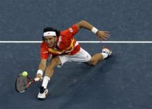 juan monaco stretch volley.jpg