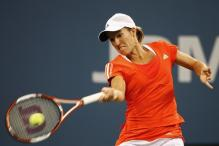 justine henin forehand at contact point.jpg