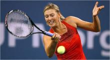 Maria Sharapova hitting with her forehand.jpg