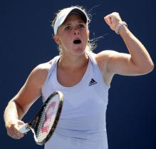 Melanie Oudin celebrates a point.JPG