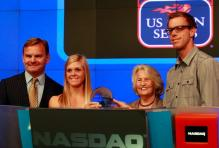 Melanie Oudin and Sam Querrey preside over the NASDSAQ opening bell 2.JPG