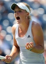 Melanie Oudin is dismayed at a point.JPG
