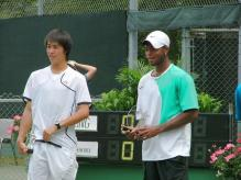 Kei Nishikori poses with Donald Young.jpg