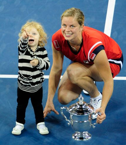 Kim Clijsters and her daughter Jada Lynch.JPG