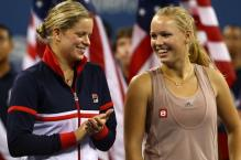 Kim Clijsters smile next to Caroline Woziacki.JPG