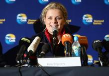 Kim Clijsters speaks on the microphone in Belgium 2009.JPG