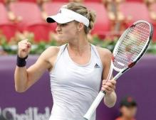 Maria Kirilenko celebrates a point in the Korean Open 2009.JPG