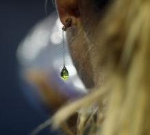 Maria Sharapova's earring at the Australian Open 2010.JPG