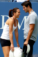 Picture of Jelena Jankovic 's hot boyfriend Mladen Janovic at US Open 2009.PNG