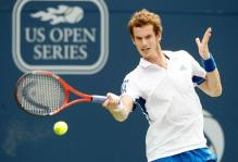 Andy Murray hits a forehand at the Rogers Cup finals 2010.JPG