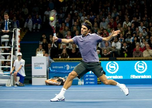 Roger Federer Footwork On Backhand Volley Jpg
