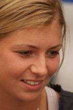 Maria Kirilenko face close up.jpg