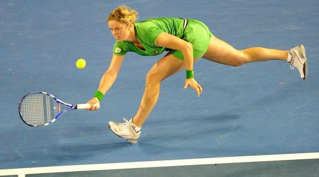 Kim Clijsters running defensive forehand at the Australian Open 2011.JPG