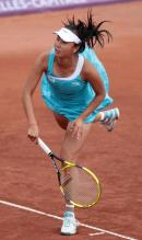 Peng Shuai serves the ball at Brussells 2011.JPG