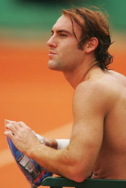 Robby Ginepri shirtless during the French Open.jpg