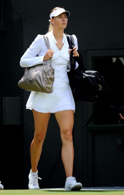 2010 Wimbledon: Maria Sharapova Nike outfit | The original