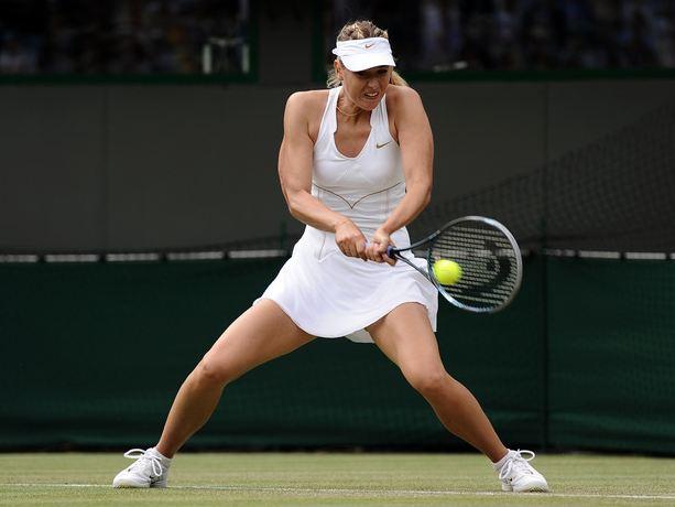 Maria sharapova tvåhandsfattad backhand