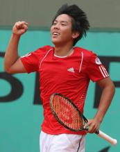Tsung-Hua Yang celebrates with a fist pump.jpg