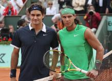 Roger Federer and Nadal pose for a photo before their 2008 French Open finals match.jpg