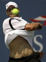 andy roddick forehand follow-through.jpg