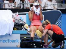 Caroline Wozniacki at Australian Open 2016 Receiving Treatment