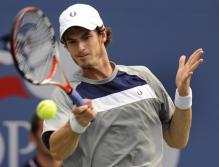 Andy Murray spins a forehand.jpg