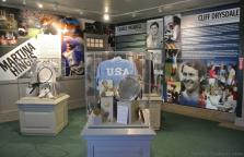 2013 International Tennis Hall of Fame inductees Martina Hingis Charlie Pasarell Cliff Drysdale.jpg