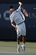 jerzy janowicz serve before contact.jpg