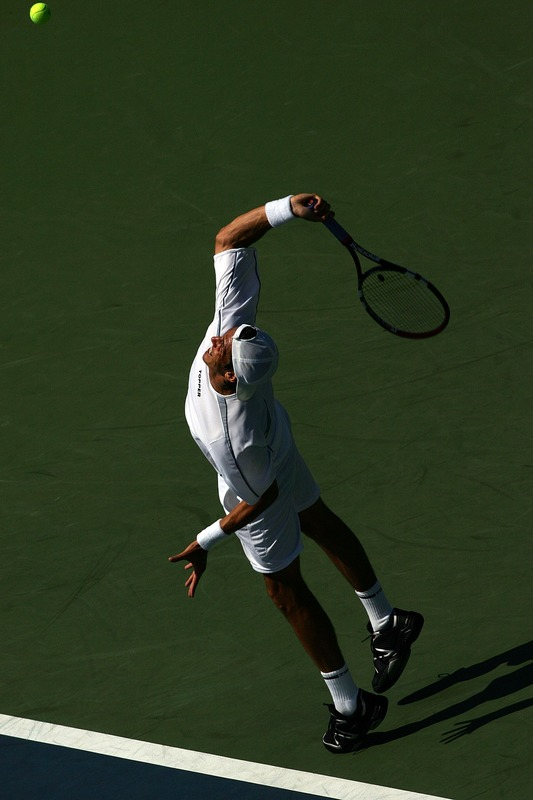 juan ignacio chela serve before contact.jpg