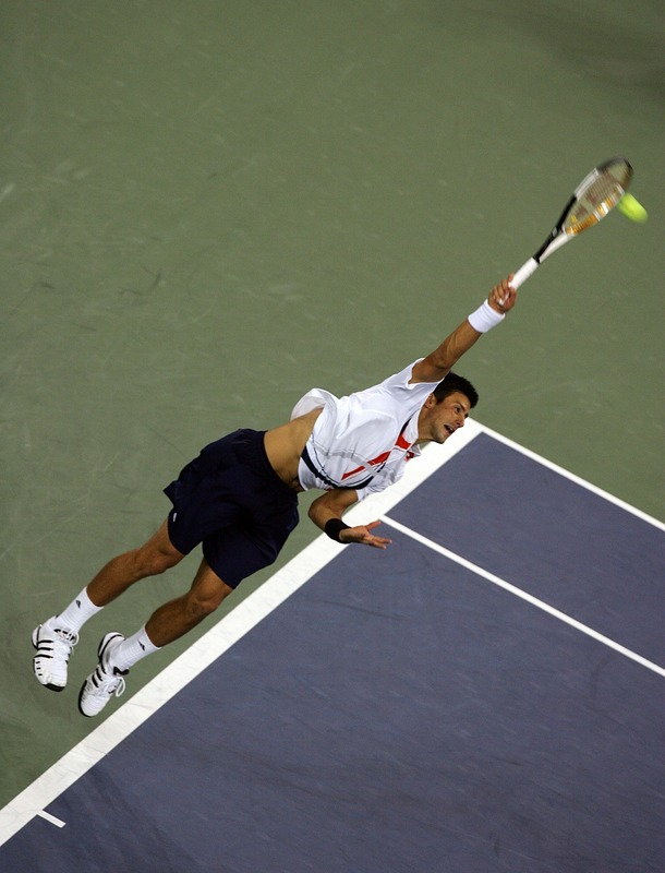 novak djokovic serve at contact.jpg