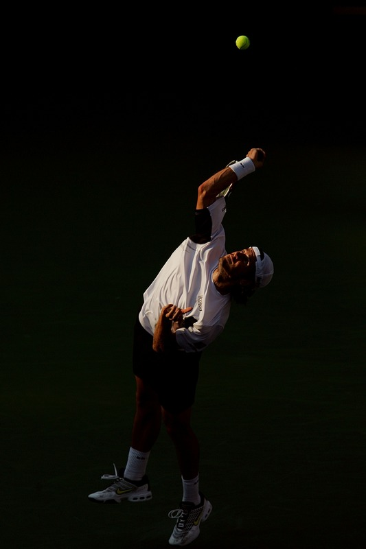 tommy haas serve before contact.jpg